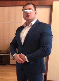 Москва. Требуется личный охранник